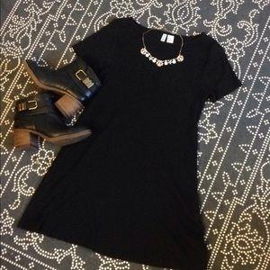 Ribbed black minidress